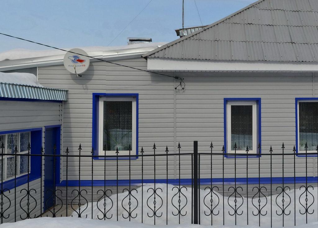 Устройство фасада здания и установка забора