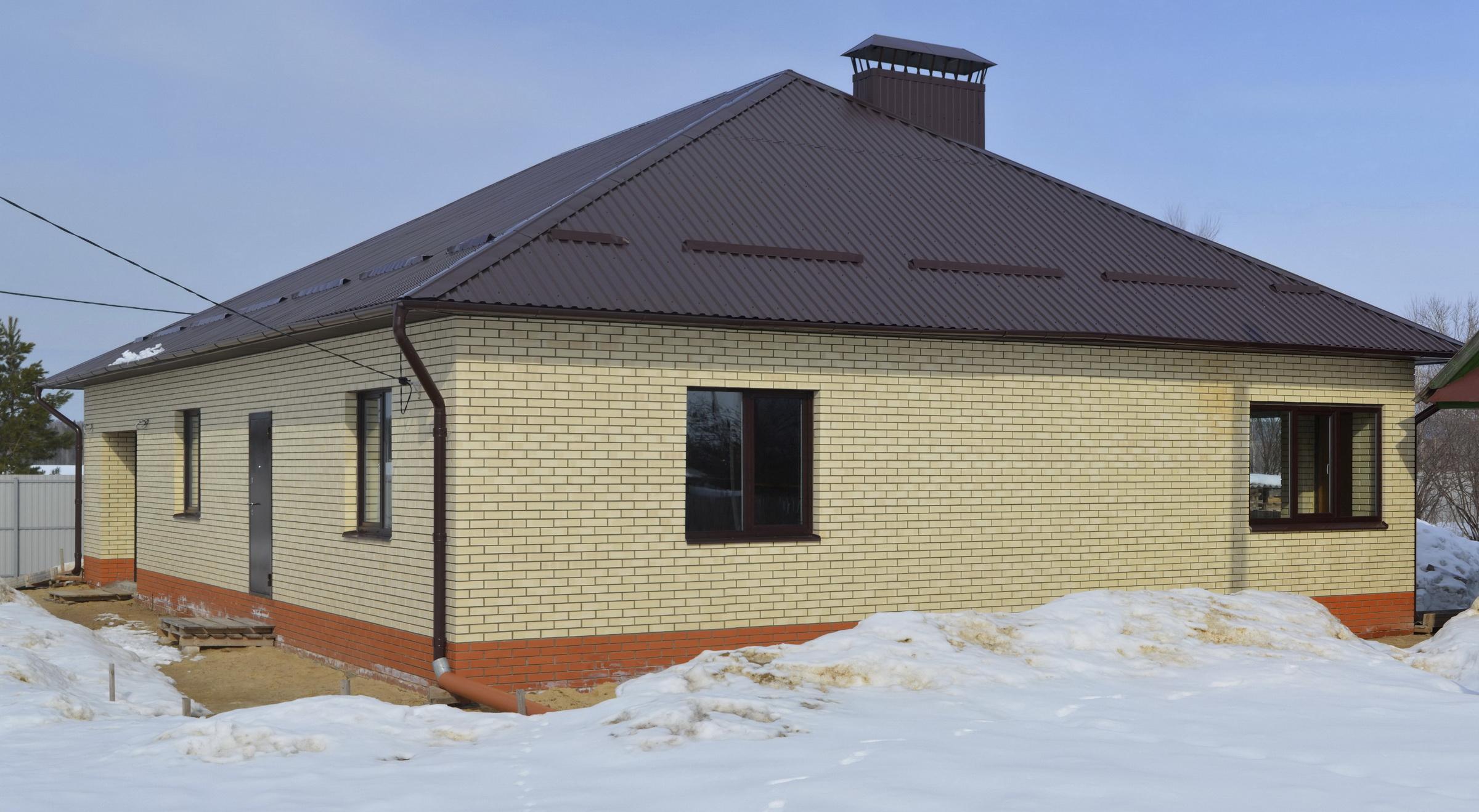 Строительство домов в Марий Эл и Йошкар-Оле: кирпично-блоковый одноэтажный частный дом